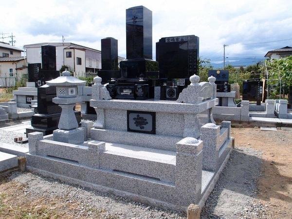 松本地区に多い地上納骨堂式のお墓