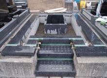 公共霊園の墓地のサムネイル